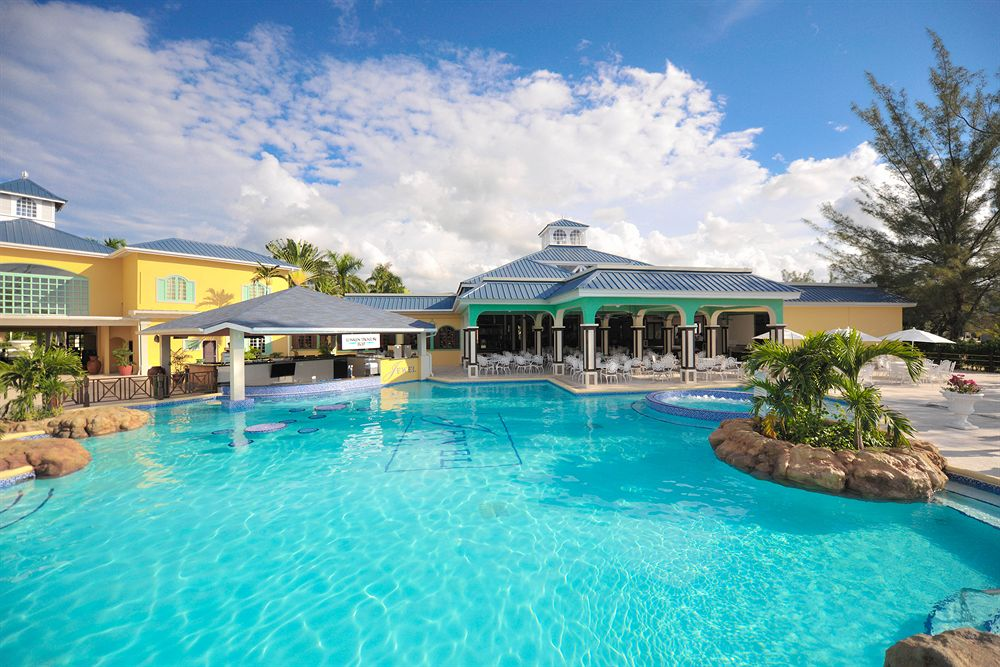 The Jewel Paradise Cove Resort And Spa
