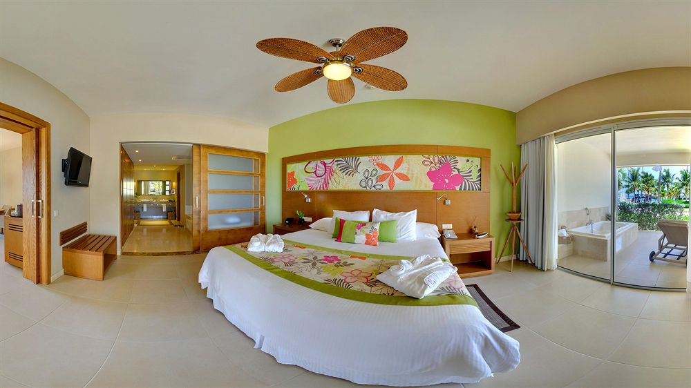 Secrets Royal Beach Dominican Republic 2 Jpg